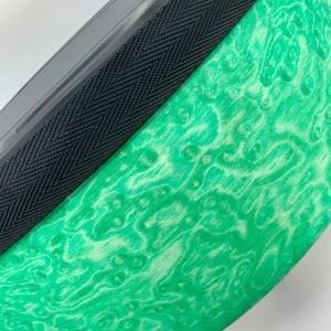 CurlyWood, green